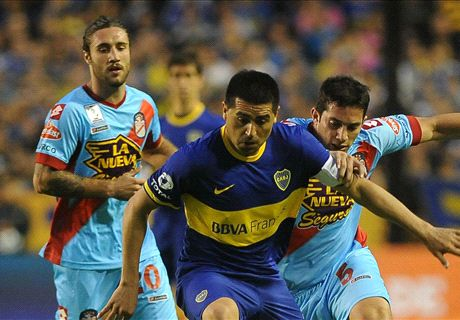 Riquelme announces retirement