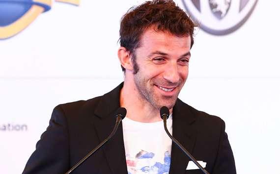 Alessandro Del Piero leaves Sydney FC