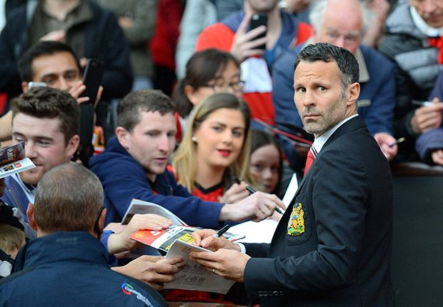 'Everything is in place' for Manchester United title challenge next season - Giggs