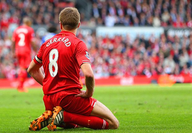 Gerrard slips up, tantrums from Balotelli and tributes for Vilanova - defining moments of the weekend