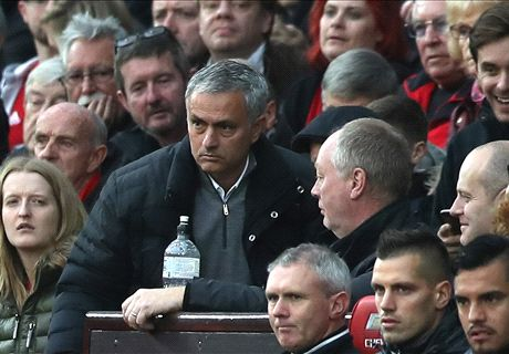 Mourinho sent to stands for ref rant
