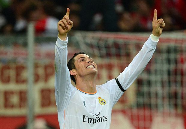 Ronaldo breaks Messi's Champions League goals record for a season