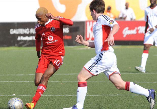 Former Pirates star Nhlakanipho Ntuli signs for FC Twente