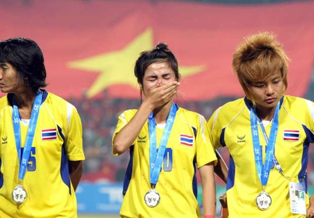 A Thailand player cries after winning the gold medal at 2013 SEA Games