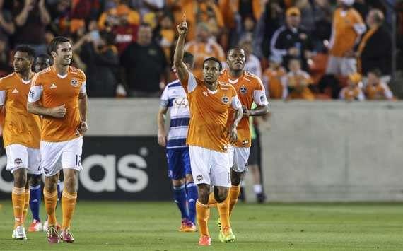 Ricardo Clark Houston Dynamo MLS 04052014