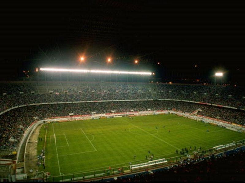 الأرجنتين في فيثينتي كالديرون قبل أولد ترافور ب3 أيام!