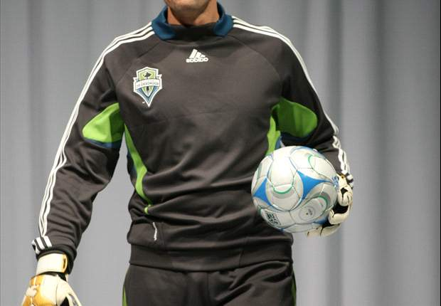 Give & Go: Sounders FC 'Keeper Kasey Keller