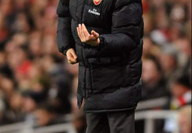Ivan Gazidis: Arsene Wenger Has Long Future At Arsenal
