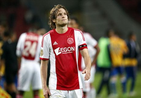 Ajax coach expects Blind to leave