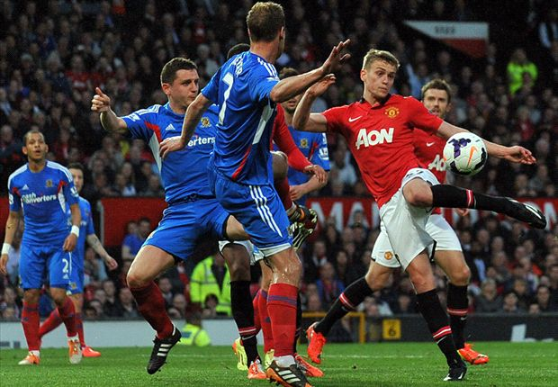 Manchester United 3-1 Hull City: Wilson scores twice on dream debut as Vidic bids farewell to Old Trafford