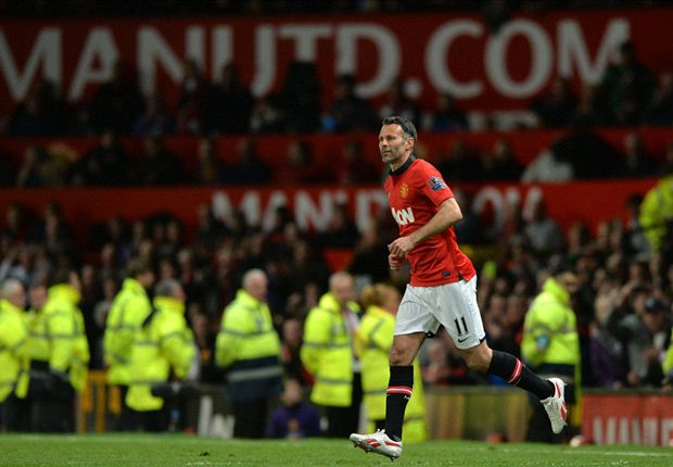 Giggs to tell Van Gaal - 'I'm ready to play on'