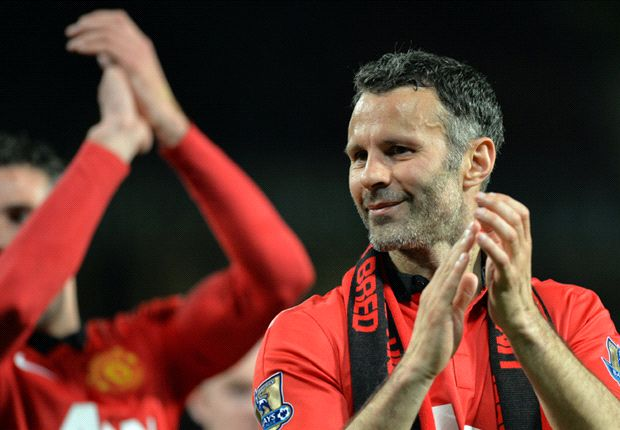 Giggs set to make decision over Manchester United playing career