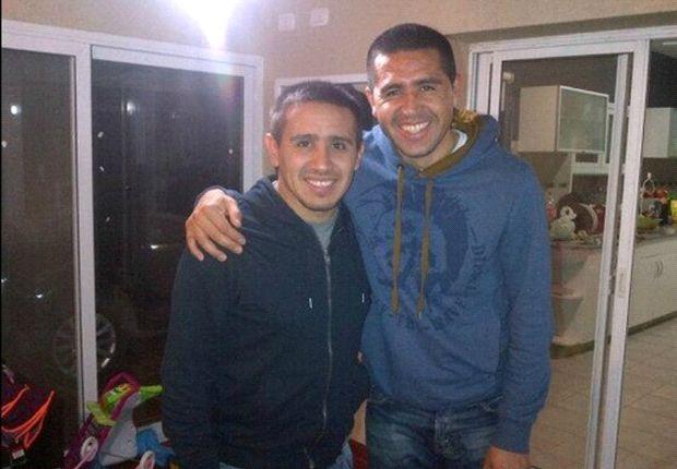 Cristian Riquelme aseguró que su hermano había aceptado la oferta del club.