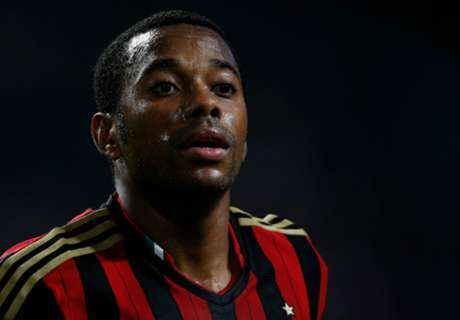 Official: Milan loan Robinho to Santos