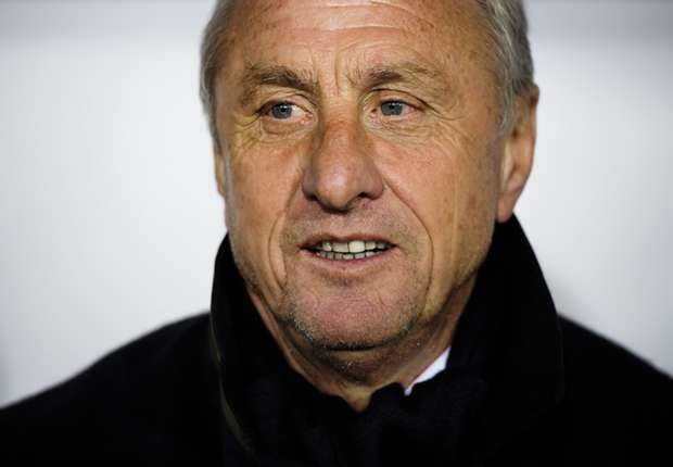 Cruyff: Barcelona used to sign playmakers - now Real Madrid do