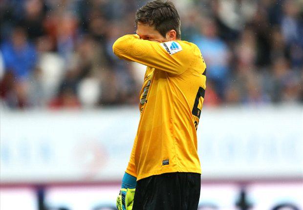 Daniel Davari und seine Eintracht aus Braunschweig müssen in die zweite Liga