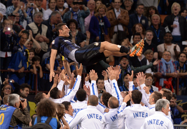Zanetti vows to continue defending Inter jersey