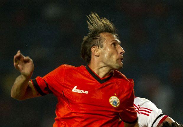 Bosnjak akhirnya menghentikan paceklik golnya saat Persija menjamu Persijap Jepara.