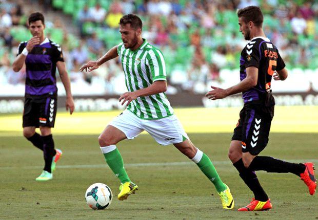 Betis 4-3 Valladolid: Juanfran mata al Pucela en el descuento
