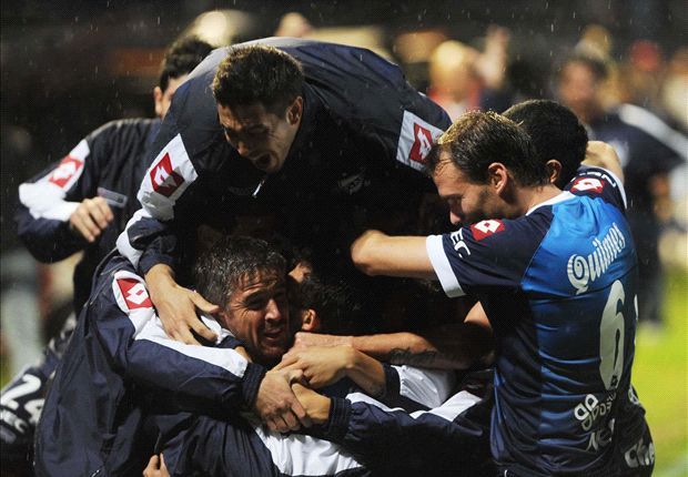 La victoria le dio la permanencia a los de Caruso Lombardi.