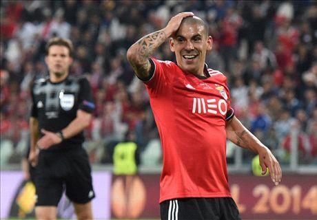 Maxi Pereira dans le viseur de Liverpool