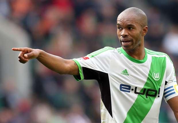 Naldo extends Wolfsburg contract