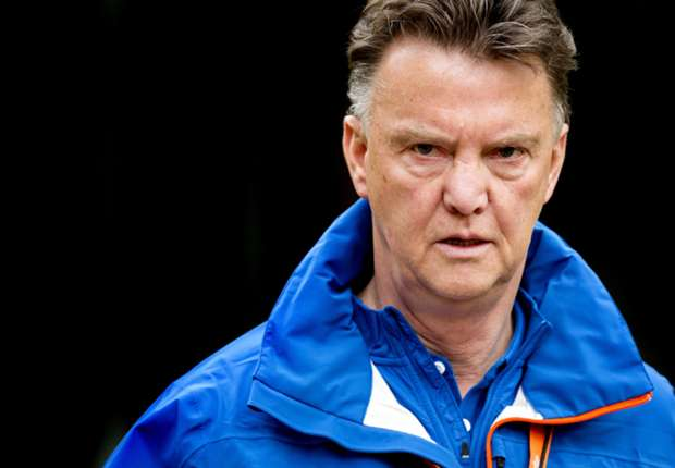 Van Gaal is 'too old' for Manchester United, claims Fowler