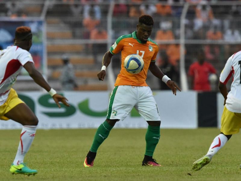 RUMOURS: United keep tabs on Serge Aurier