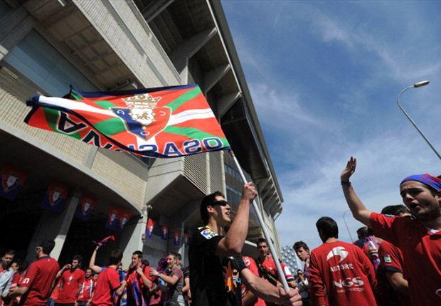 Osasuna 2-1 Betis: La grada se cae y los 'rojillos' se hunden