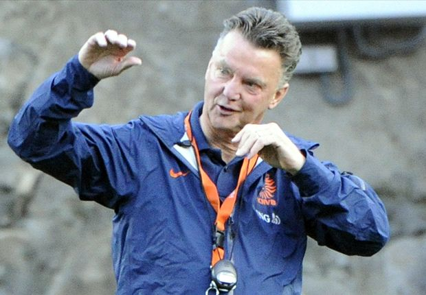 Mourinho is jealous of my CV, claims new Manchester United boss Van Gaal