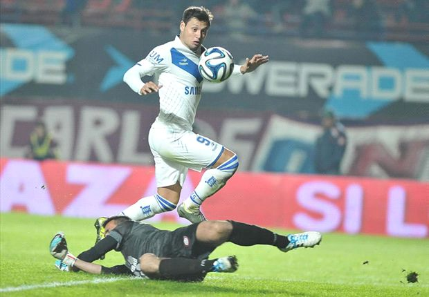 Vélez venció a San Lorenzo y jugará la Libertadores 2015