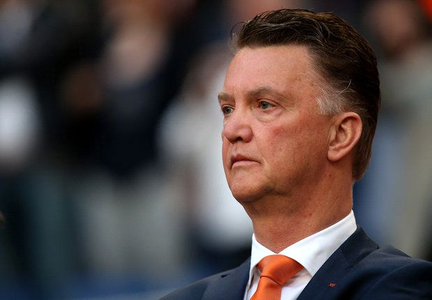Van Gaal: Sir Alex Ferguson won't be a problem for me