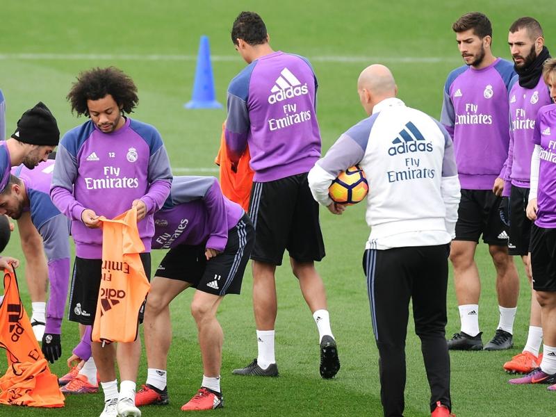 VIDEO - Tragedia Chapecoense, l'omaggio silenzioso del Real Madrid