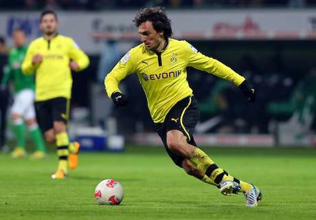 Transfer Talk: Hummels snubs Barca