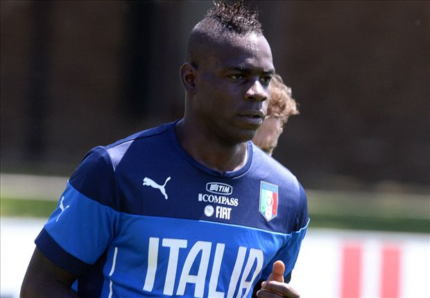 Balotelli will be fit to play in World Cup opener, says Italy