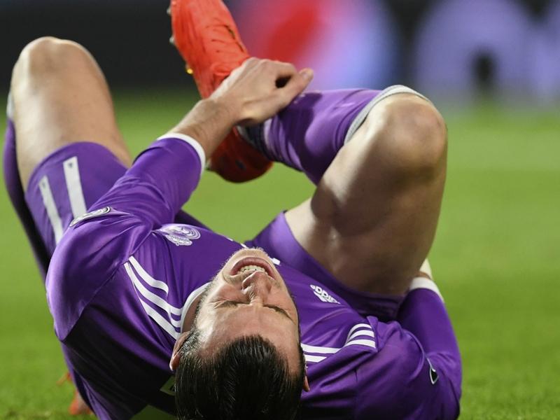 Real Madrid, operazione riuscita per Bale: fuori 4 mesi?