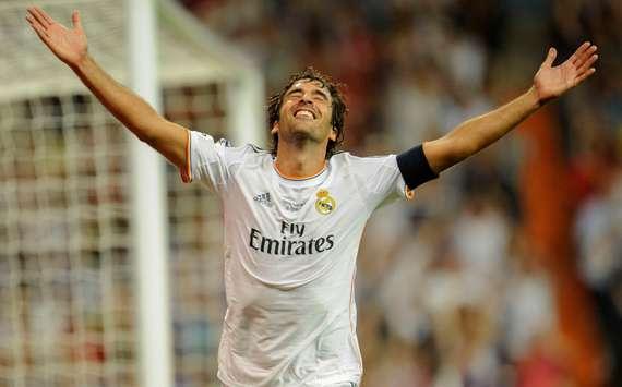 VÍDEO: Raúl assina com o New York Cosmos