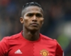 Valencia reaches Man Utd landmark