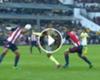 VIDEO: William Da Silva le abrió la cabeza a Carlos Salcido