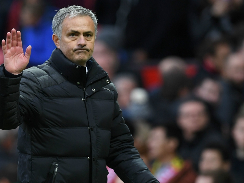 """Carragher : """"Le Manchester United de Van Gaal était meilleur que celui de Mourinho"""""""