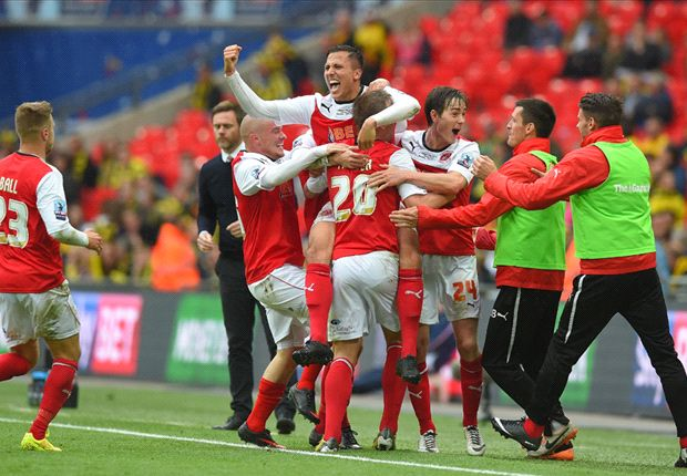 Burton Albion 0-1 Fleetwood Town: Goalkeeper howler gifts Cod Army promotion