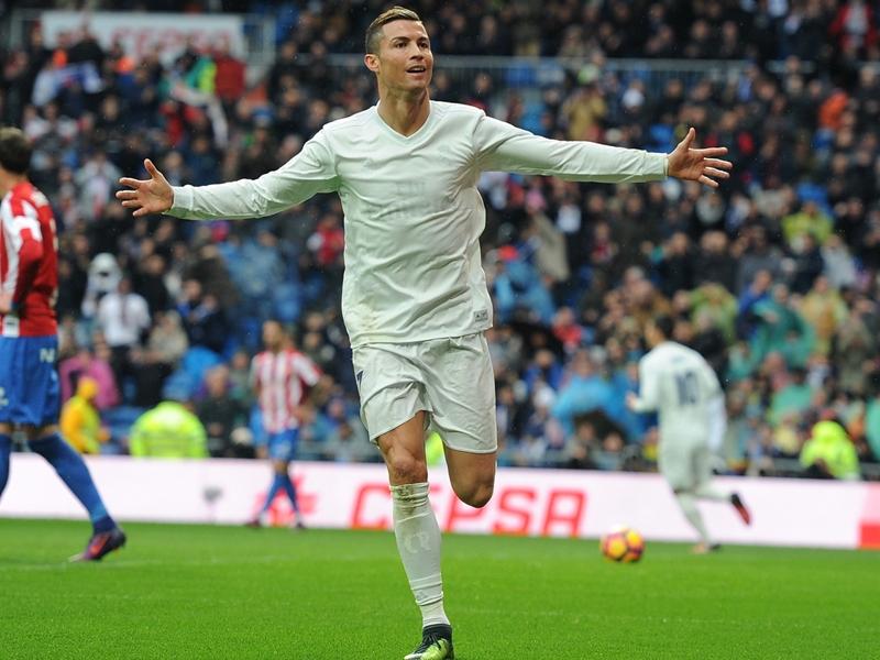 """Clasico, Morientes : """"Cristiano Ronaldo peut jouer en pointe contre le Barça"""""""