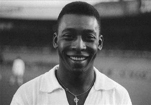 Pelé: Campeón de dos Copa Libertadores, en 1962 y 1963, con el mítico Santos. O Rei, tres veces campeón del mundo, más de 1000 goles, el segundo mejor jugador de la historia, indiscutible.