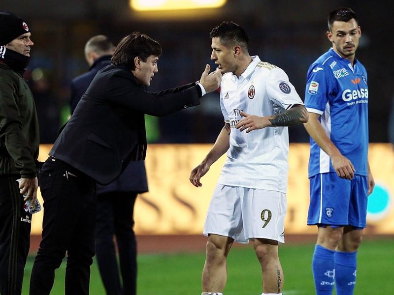 """AC Milan, Montella : """"Bacca avait l'autorisation pour aller au match de Séville"""""""