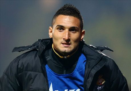 Cardiff sign Macheda
