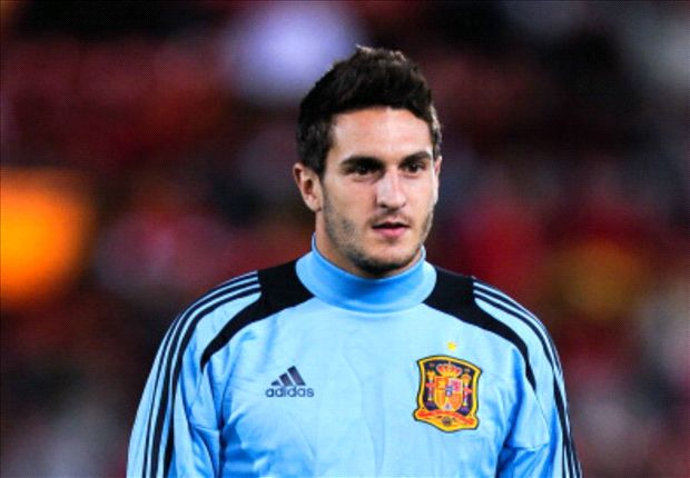 Koke: I'm learning from Xavi and Iniesta