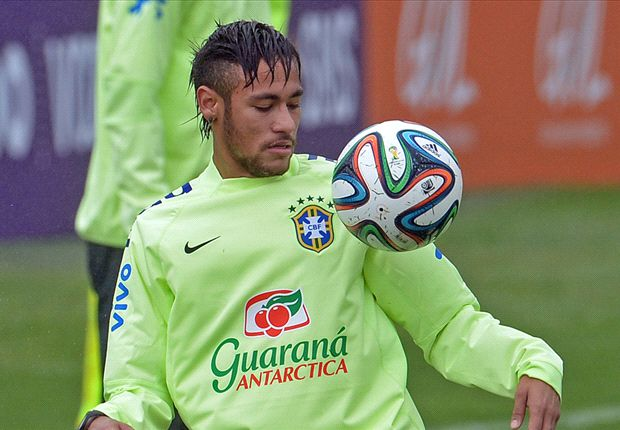 Neymar is better since Barcelona move, says Brazil coach