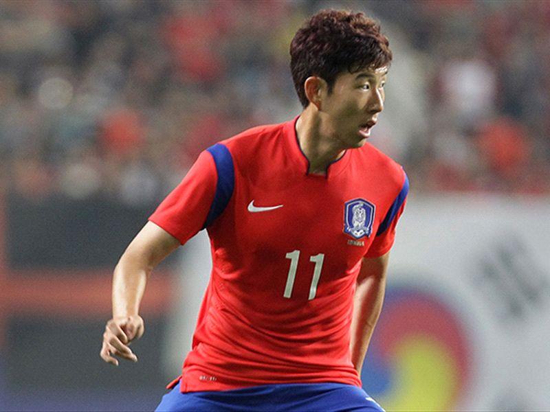 한국 대표팀, 우루과이에 0-1 석패…슈틸리케 관전