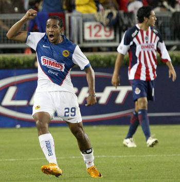 Jean Beausejour- America vs Chivas (Mexsport)