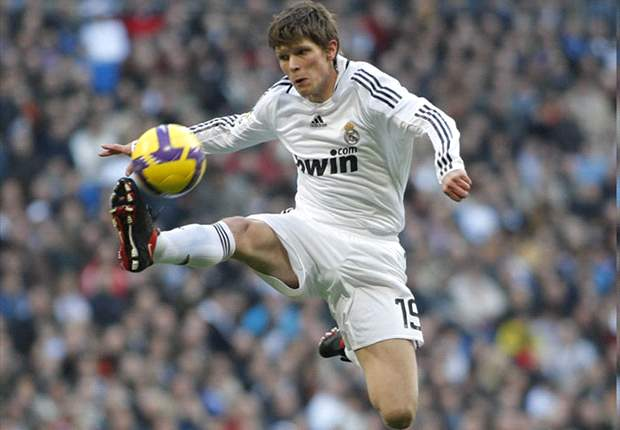 Why Huntelaar failed at Real Madrid